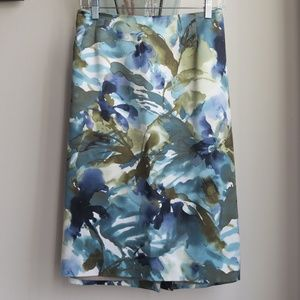 Jones New York Blue Watercolor Floral Pencil Skirt